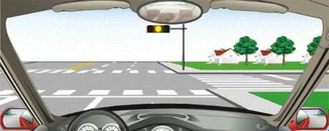 在路口看到图中所示信号灯不断闪烁时,要减速或停车瞭望,确认安全后通过。