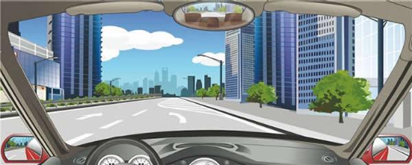 该车道路面导向箭头指示前方道路需向左合流。