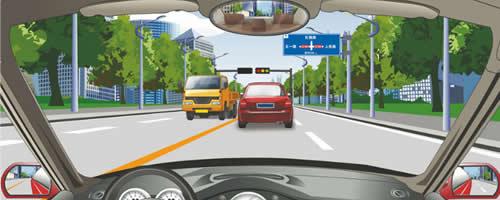 前方标志告知前方道路各行其道的信息。