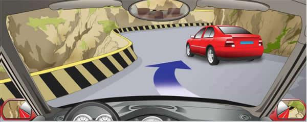 驾驶汽车可以在这种急弯处超车。