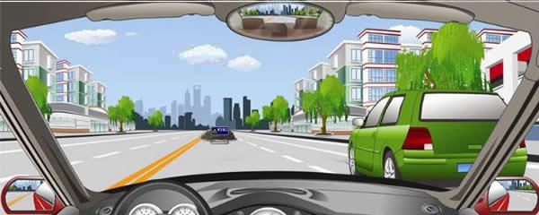 如图所示,行驶过程中遇前方有障碍物的情况怎么办?