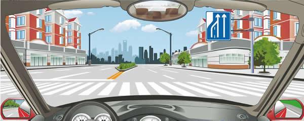 这个标志提示前方车道数量增加。