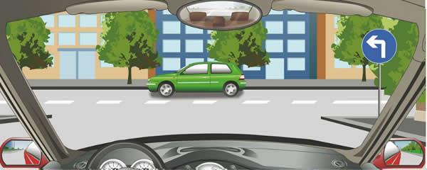 右侧标志表示前方路口只能车辆向左转弯。