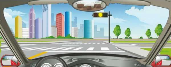 驾驶机动车在前方路口不能右转弯。
