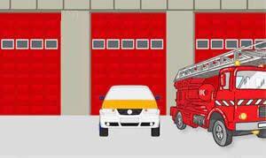 图中小型汽车的停车地点是正确的。