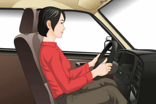 这位驾驶人违反法律规定的行为是什么?
